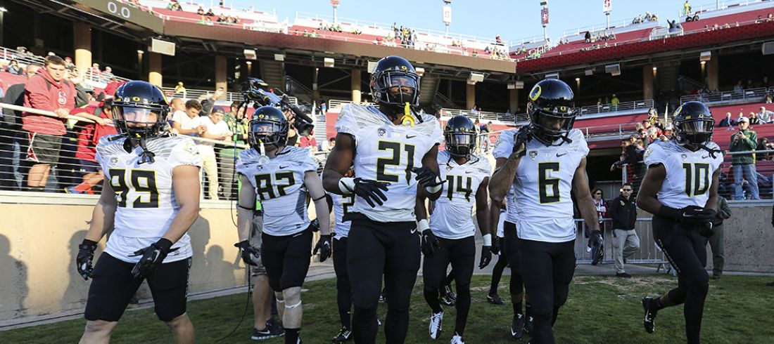 The Oregon Ducks take on the Stanford Cardinal at Stanford Stadium in Stanford, California on November 14, 2015  (Eric Evans Photography)